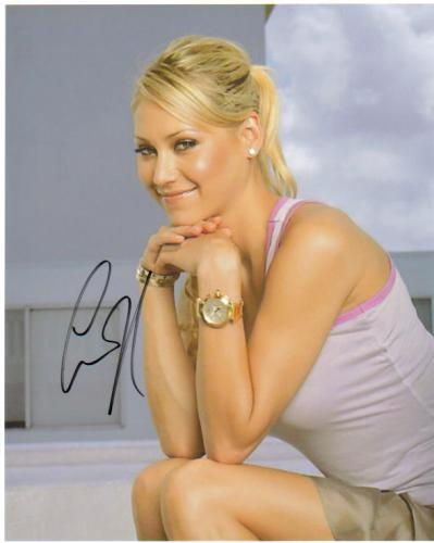 Anna Kournikova Beautiful Profile Autographed Pose!