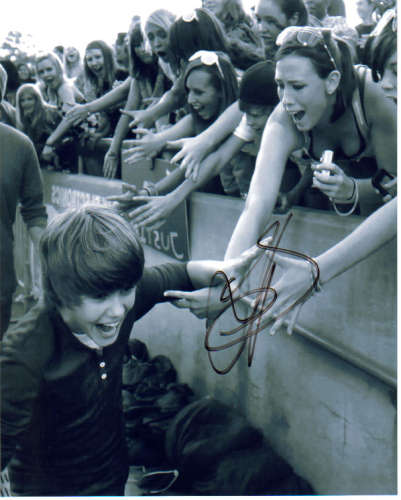 Justin Bieber On the Road Autographed Photo!