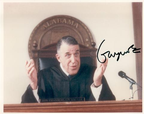 Fred Gwynne (1926-1993) 'My Cousin Vinny' Signed Photo!