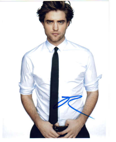 Robert Pattinson Cool & Sexy Autographed Photo!