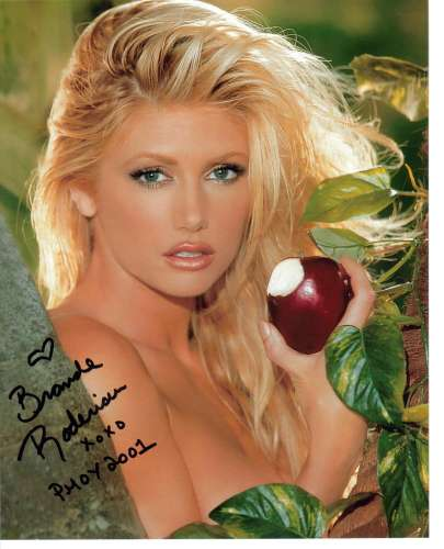 Brande Roderick Incredibly Sexy Autographed Closeup - Ouch!