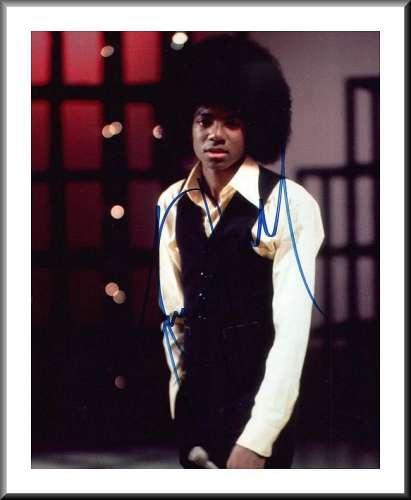 Michael Jackson (1958-2009) Awesome Vintage Autographed Photo - Wow!